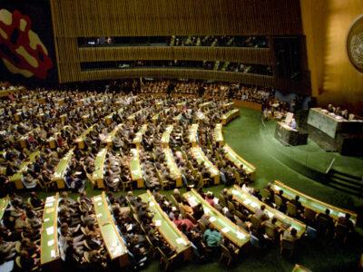 Ondanks het regeerakkoord stemt België in de VN opnieuw tegen Kernwapenverbod